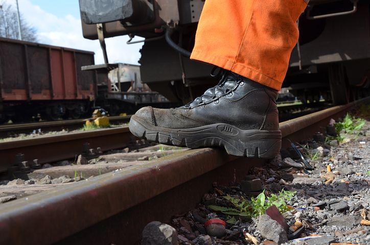 Scegliere scarpe antinfortunistiche di qualità per avere un confort elevato