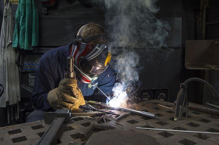 Scegli il DPI giusto, per la giusta protezione dei tuoi lavoratori